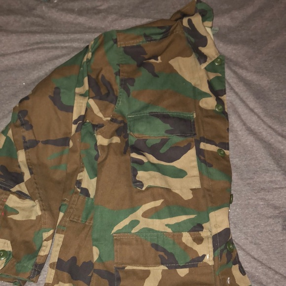 Other - Camo army jacket
